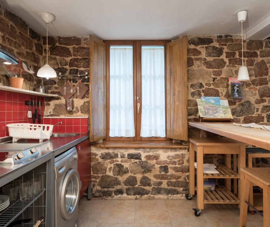cocina casa rural Cangas de Onis Los Viajes de Hermes