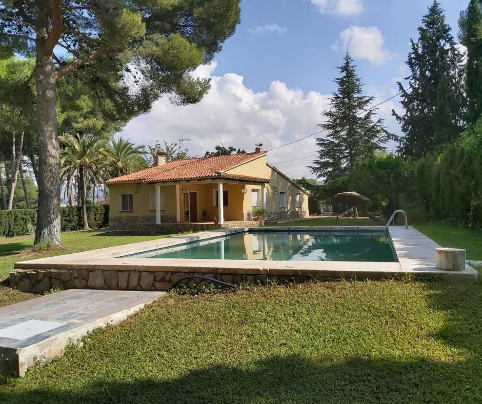 Alojamiento rural con piscina Alicante